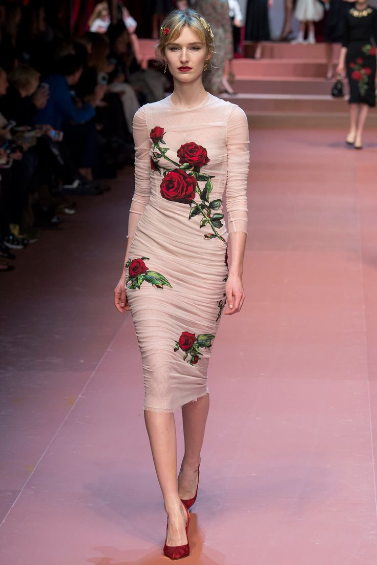 Dolce & Gabbana - Fall 2015 Ready-to-Wear. A nude, ruched sheath dress with graphic flowers? Victoria Beckham and no one else.