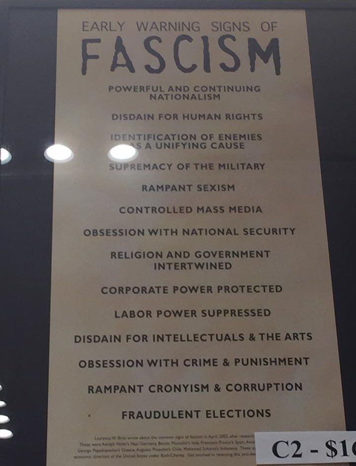 """Sarah Rose auf Twitter: """"In the US Holocaust Museum. I'm shook. https://t.co/EeuHEXWusE"""""""