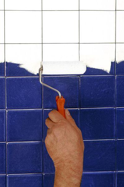 Les 25 meilleures id es de la cat gorie resine epoxy sur for Peinture sans sous couche carrelage
