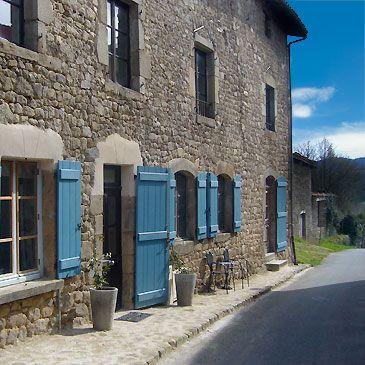 La Paresse en Douce is een plezierige Chambres d'Hotes gelegen in het groene hart van Frankrijk, in de rustige streek Auvergne.