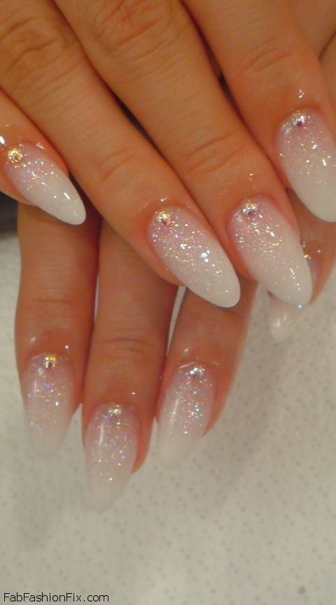 White Nails and Artistic Nail Styles 33