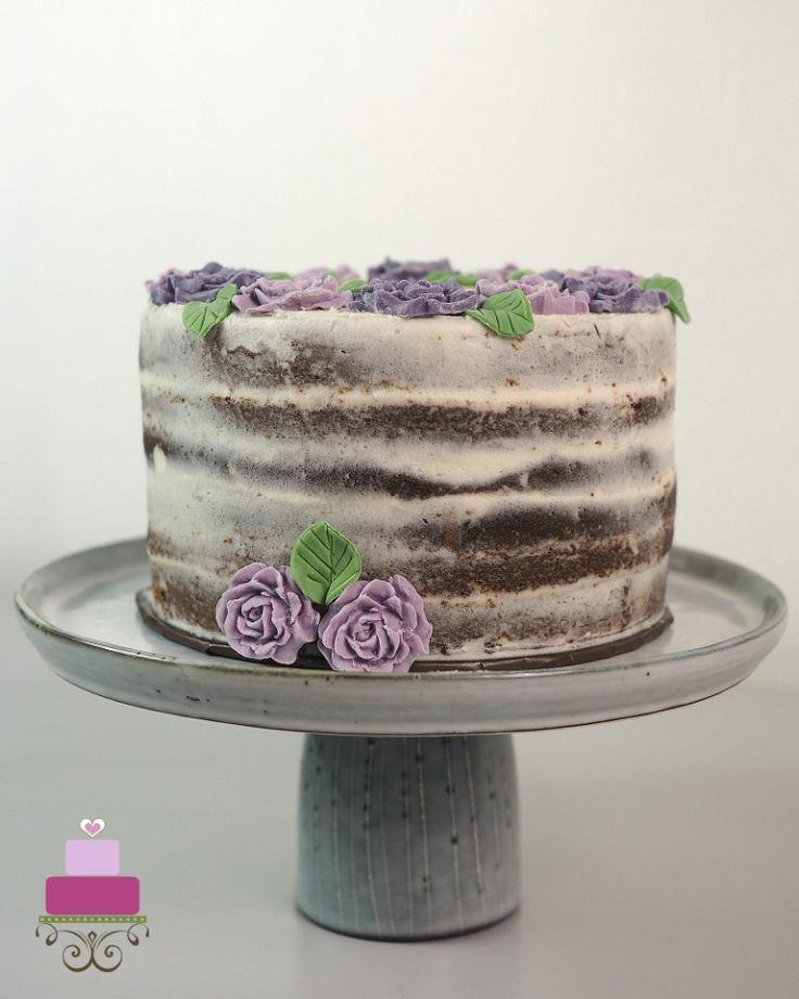 Elegant Birthday Cake for Mom in 2020 Birthday cake for