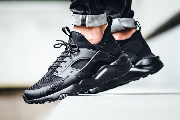 """Following the """"Midnight Navy"""" and """"Military Green"""" iterations seen earlier this year, Nike has dropped the Air Huarache Ultra in """"Triple Black."""""""