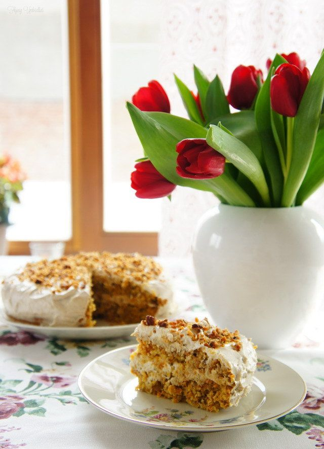 Flying Umbrellas: carrot cake