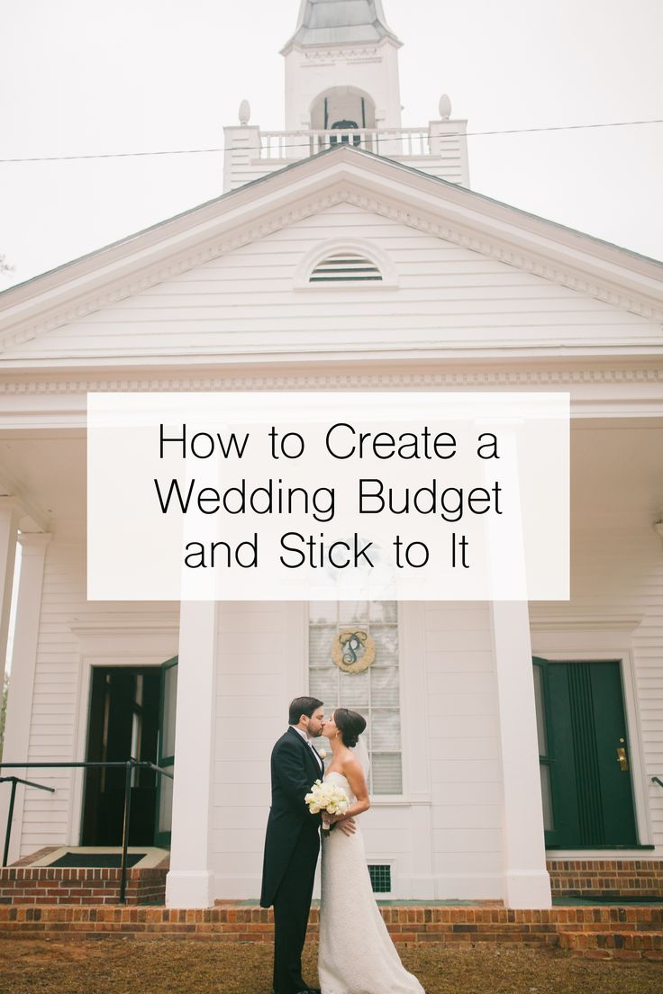 Great tips on creating and sticking to a wedding budget! Free customizable wedding budget spreadsheet!