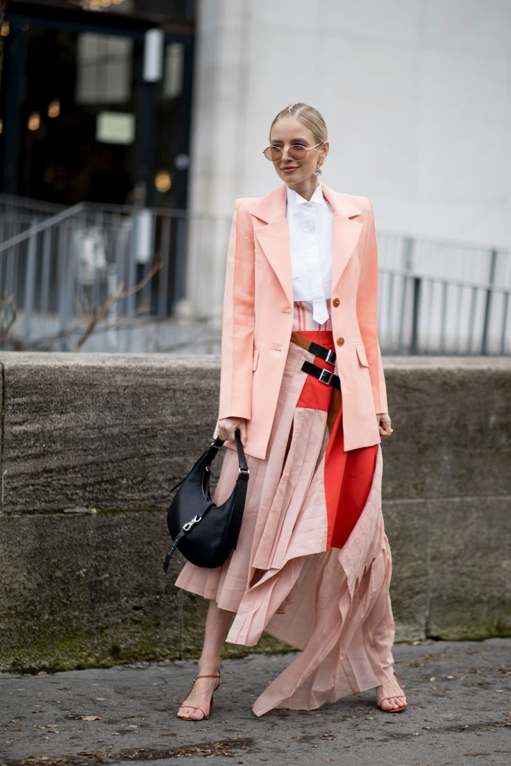 Black-and-White Looks Were a Street Style Favorite on Day 7 of Paris Fashion Week