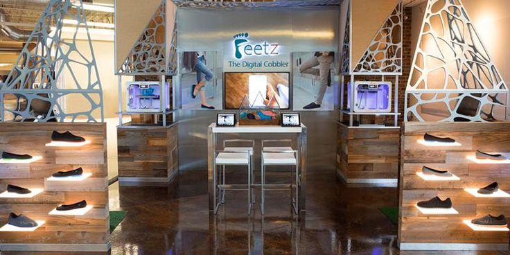 Сан-Франциско и Нью-Йорк стали первыми городами, в которых опробован опыт работы 3D-сапожных. Покупателям предоставили возможность делать индивидуальные заказы и наблюдать за процессом распечатки обуви.