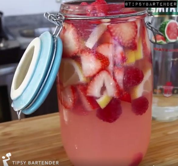 Hippie Juice - For more delicious recipes and drinks, visit us here: www.tipsybartender.com