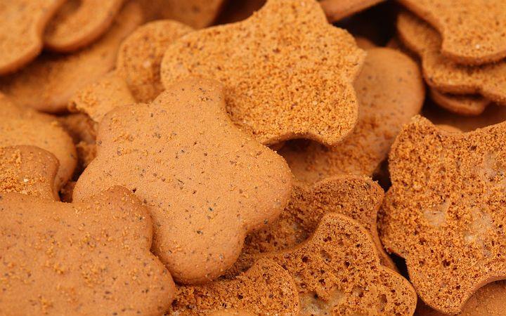 Pek çok ülkede özellikle Noel öncesi popüler olan bu baharatlı ve ince zencefilli kurabiye tarifi aslında şifa dağıtıyor.