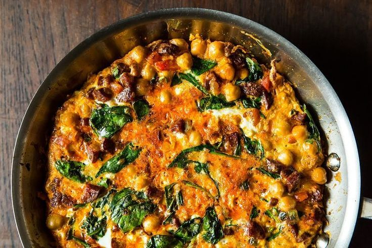 Chickpea, Spinach, and Chorizo Frittata - I'd like to try a veggie version without the chorizo.