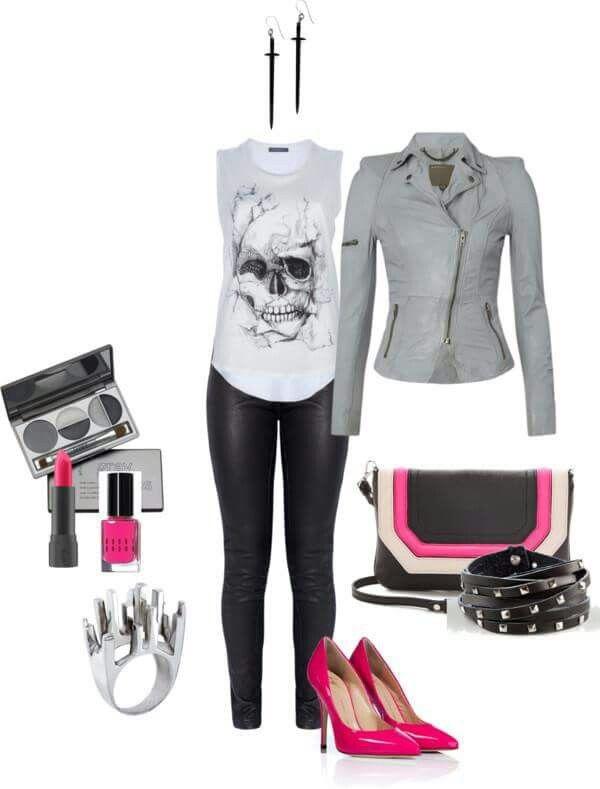 Chaqueta gris, leggings negros zapatos fucsia