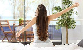 Der Stoffwechsel ist für die Aufnahme, den Transport, die chemische Umwandlung von Stoffen und die Abgabe von Schlacken verantwortlich. Ein guter Stoffwechsel ist daher wichtig für unsere Gesundheit. Mit diesen 6 Tipps können Sie schnell und bequem Ihren Stoffwechsel anregen. (Zentrum der Gesundheit) © Borysevych.com - Shutterstock.com #stoffwechsel #aktivieren #anregen #gesundheit