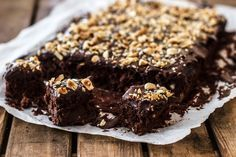 Je leest het goed: deze gezonde brownies zijn vetvrij, suikervrij, glutenvrij, lactosevrij én superlekker en makkelijk om te maken!