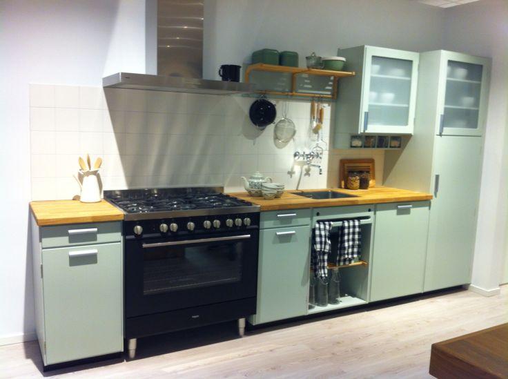 Blauwe Keuken Bruynzeel : Keukens op Pinterest – Zwarte Keukenkastjes, Keukens en Keukenkasten