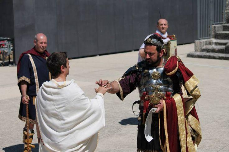 The emperor Hadrianus honour Martius Atilius Alacer with gold ring of Minerva.