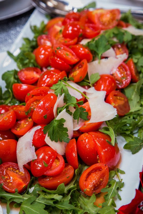 Tomato salad, Vines and Tomatoes on Pinterest