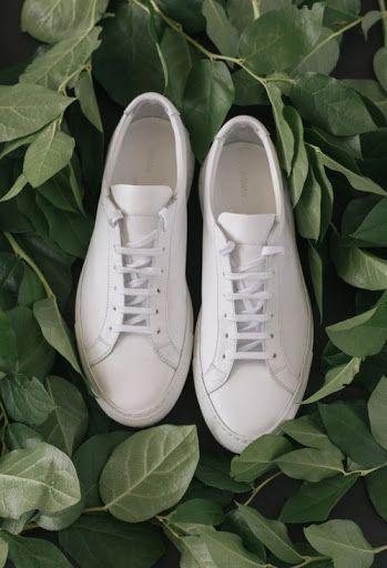 93 nejlepších obrázků na Pinterestu na téma Vogue   White Shoes ... fae4721356
