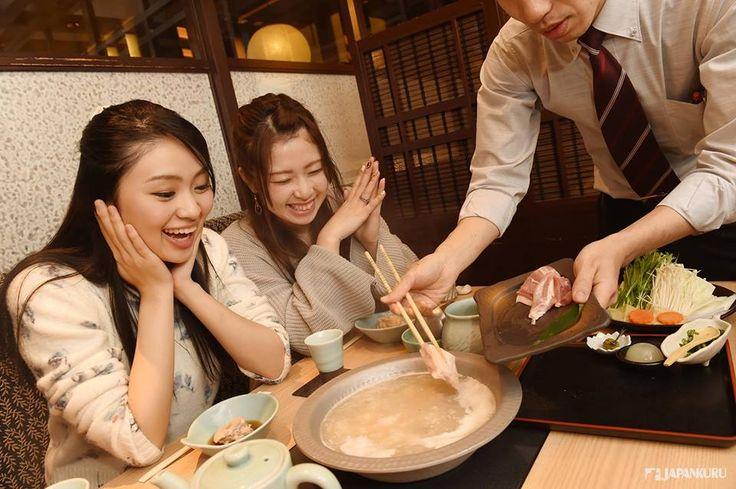 The best place where you can taste the chicken Mizutaki Hakata Hanamidori Ginza 2-chome @ Ginza Velvia-kan 7F #velvia #japankuru #japan #cooljapan #Tokyo #100tokyo #ginza #shopping #cooljapan #fukuoka #hakata
