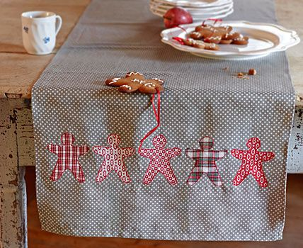 simple gingerbread man table runner -- use just about any cookie cutters