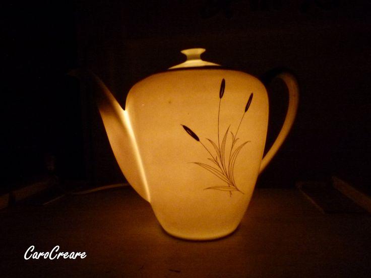 Kaffeekanne - Lampe aus wunderschönem alten Porzellan von CaroCreare auf Etsy