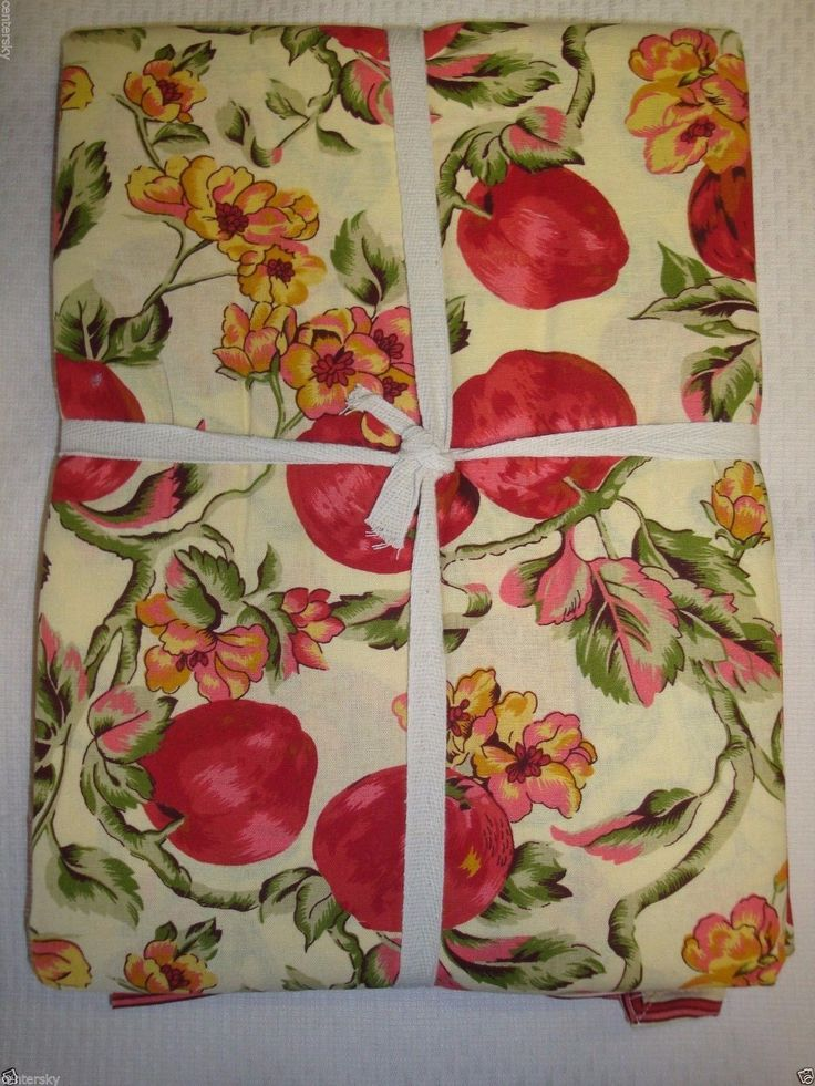 """New April Cornell 100% Cotton Tablecloth 60 x 120"""" Fall Theme Red Apples Floral 