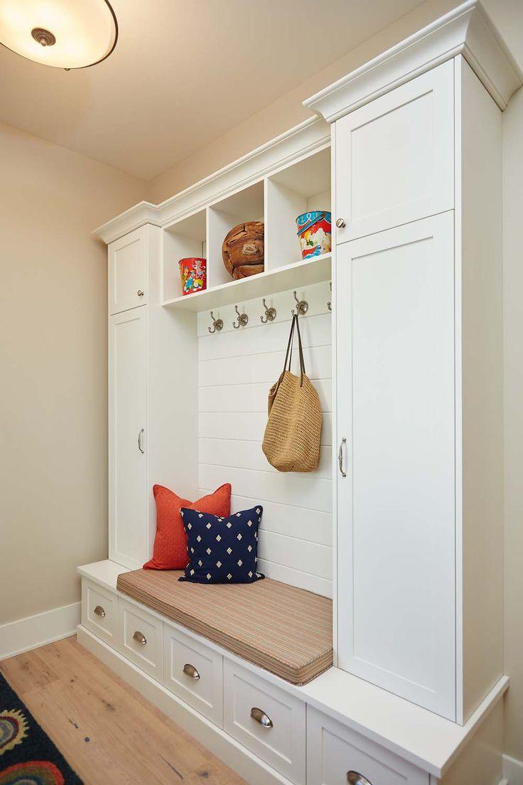 Painted Foyer Cabinets : Beste afbeeldingen van laundry mudrooms