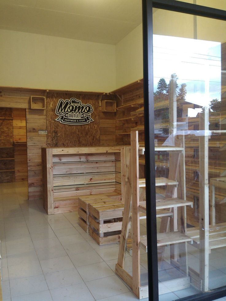 #kayupallet #woodpallet #pines #recycle #magelang #palletstory #indonesia #reuse #jatibelanda #kayujatibelanda #petikemas #waferboard #woodworking #furniture #reclaimedwood #reclaimedfurniture #pallet #interiordesign #homedecor #storedesign #interiordistro #customfurniture #cafeinterior