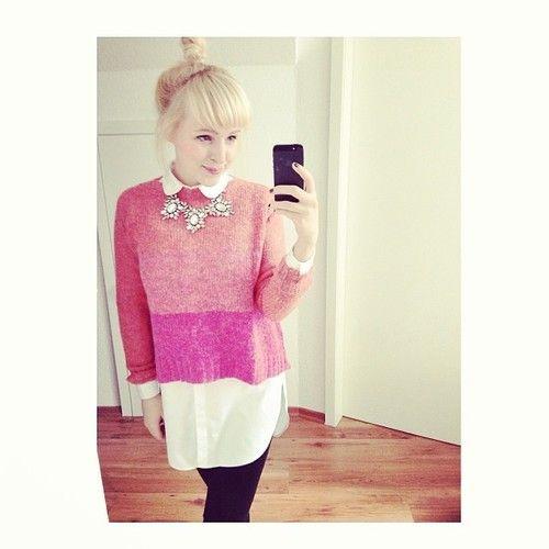 Weiße Bluse + pinker Pulli <3