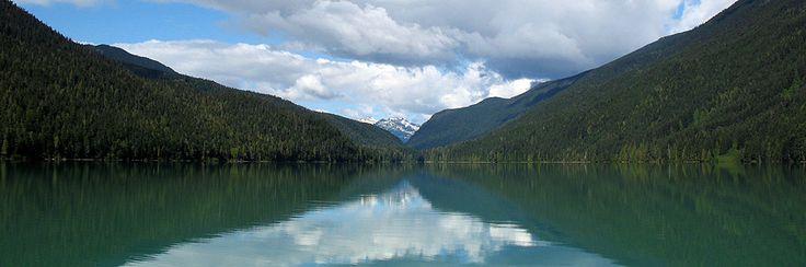 Cheakamus Lake (Beginner). Time: 5 hr. Distance: 16 km. Elevation Gain: Minimal.