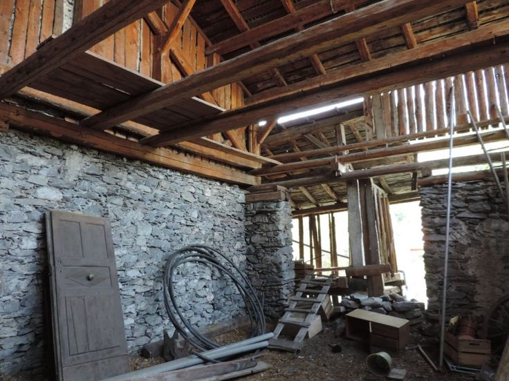 Ski Barn, To Renovate, for sale in Bride-les-Bains, French Alps £71k