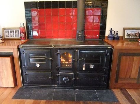 Sam and Pien's stove - the Homewood Matriarch