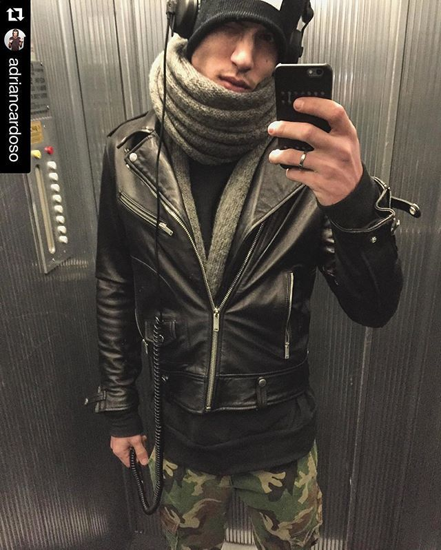 #Repost @adriancardoso ・・・ music is my escape .  listen to test3 #italogyofficial #italogy #militarymood #military #italogylife #madeinitaly #newcollection #SS16
