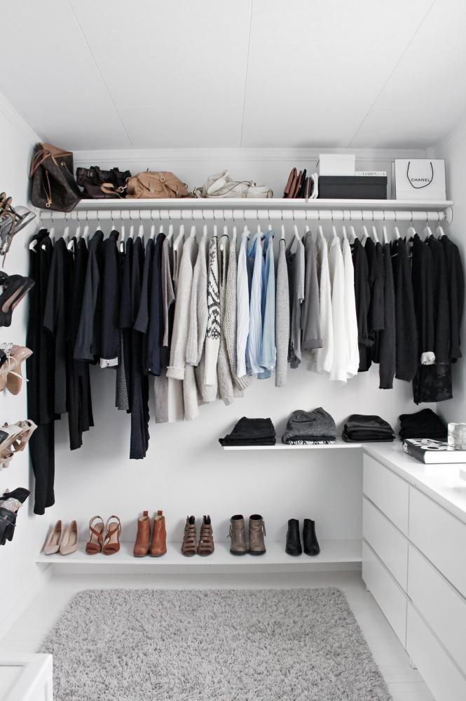 oversiktelig hyllene er bestilt fra carlsen fritz e p hyllen nederst har skoene f tt plass. Black Bedroom Furniture Sets. Home Design Ideas