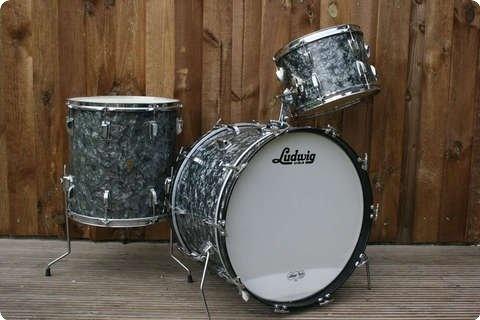 ludwig super classic 1963 black diamond pearl drum vintage percussion vintage. Black Bedroom Furniture Sets. Home Design Ideas