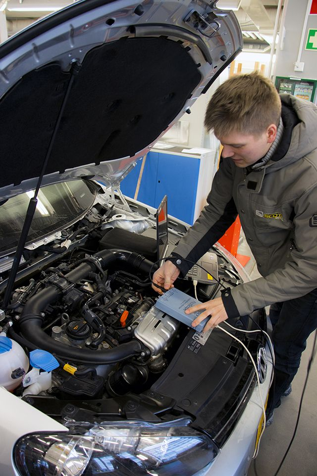 Automobile and Industrial Vehicle Engineering Laboratory