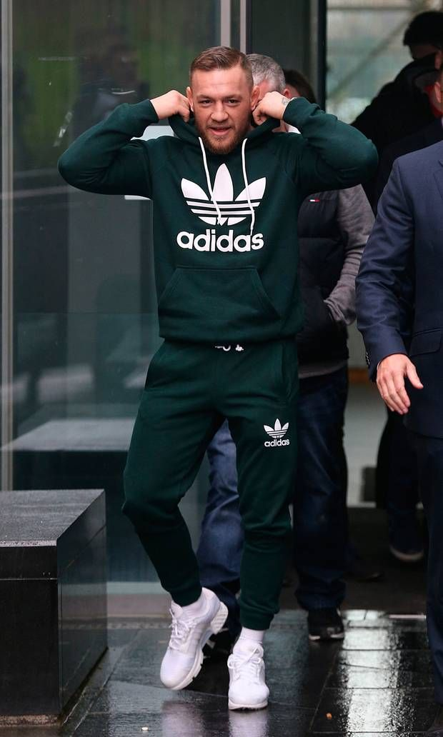 3tracksuit2.jpg 620×1,032 pixels   Adidas outfit men, Mens