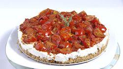 αλμυρο cheesecake με ντοματινια και ντακο