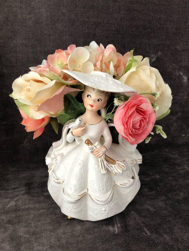 Vintage Rubens lady girl vase planter 474m https://www.etsy.com/ca/listing/583741359/vintage-lady-w-parasol-vase-planter