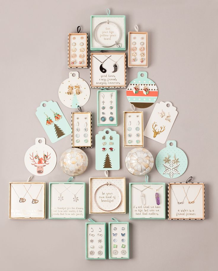 #christmas #tree #lovisa #jewellery #festive #gift #giftideas