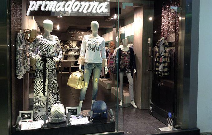 Είστε γυναίκα κομψή,μοντέρνα με άποψη στην γυναικεία μόδα?Τότε σας ταιριάζει γάντι το Primadonna.https://www.primadonna.com.gr/anoijiatika-gynaikeia-rouxa/