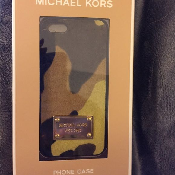 Michael Kors Brand New Phone Case!! Brand new textured iPhone 5/5s phone case with tags. Color: green camouflage or acid lemon with gold name plate. Texture: hair calf. No scratches or damages, minor nor major. Michael Kors Accessories Phone Cases