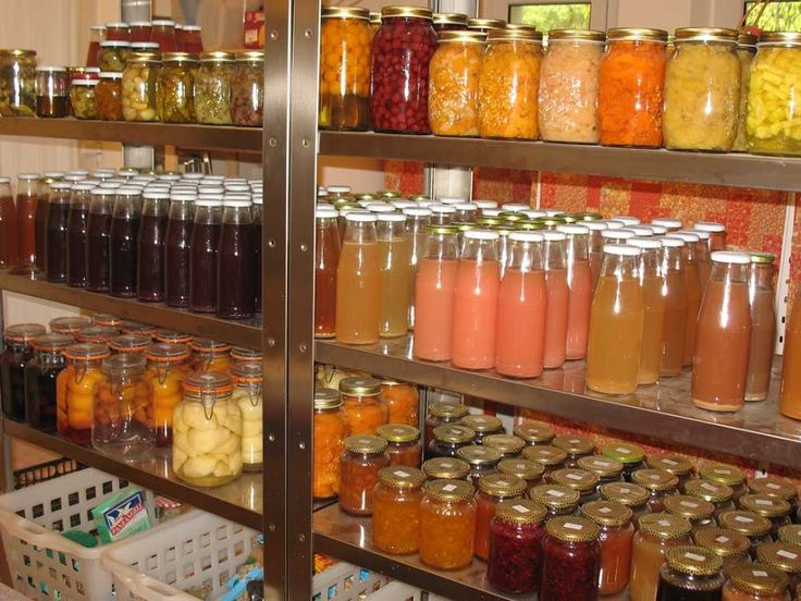 Locanda della Valle Nuova, Marches, Italy. We make our own conserves - jams, juices and preserves  http://vallenuova.blogspot.co.uk/p/my-food-blog.html