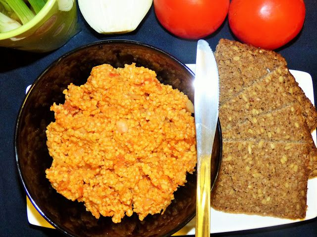 Kulinarne odsłony pati: Pomidorowa pasta z kaszy jaglanej