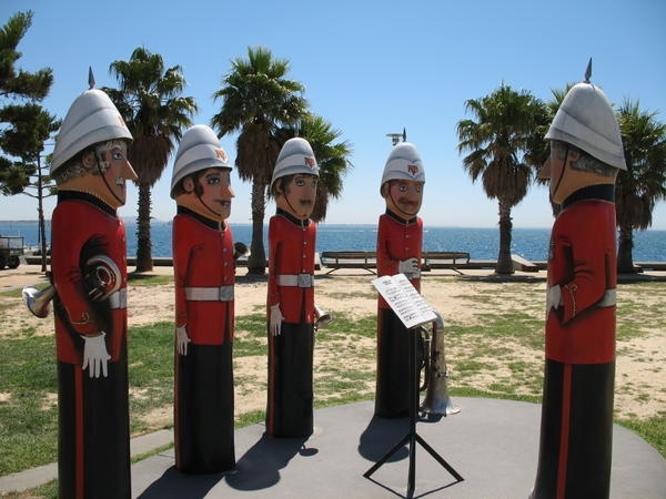 Statues at Geelong