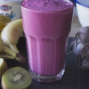 Video: Amazing DIY Pregnancy Smoothie. It's Delicious and Full of Nutrients!