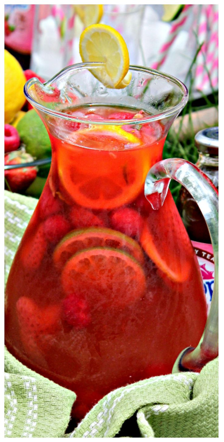 Raspberry Iced Tea Punch – Fresh berries, limeade and Raspberry Iced Tea come together to create this incredibly delicious and refreshing summer Punch drink! #SipYourSummer #ad