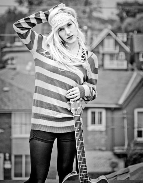 Sarah Blackwood from Walk Off The Earth is the ultimate chic geek.