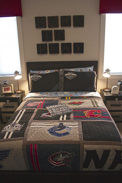 17 best images about boys bedroom ideas on pinterest for Boys hockey bedroom ideas