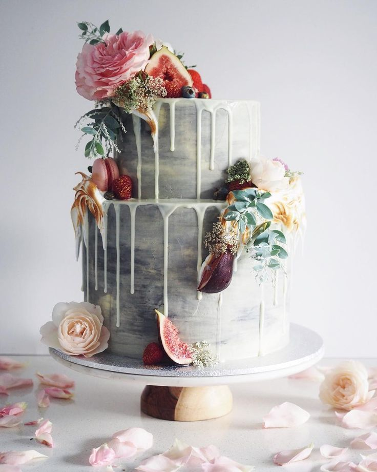 Amazing Cake! Wild flowers, petals and figs to decorate. Grey coloured tiers.