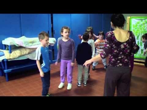 La musica attraverso il corpo, scuola Follereau - YouTube